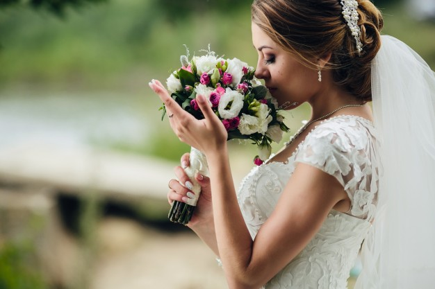 Elegant and Inexpensive Wedding Flower Ideas